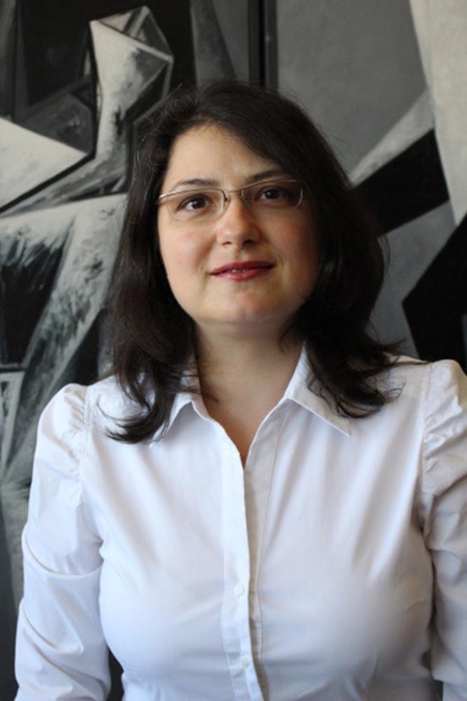 Daniela Tulbure